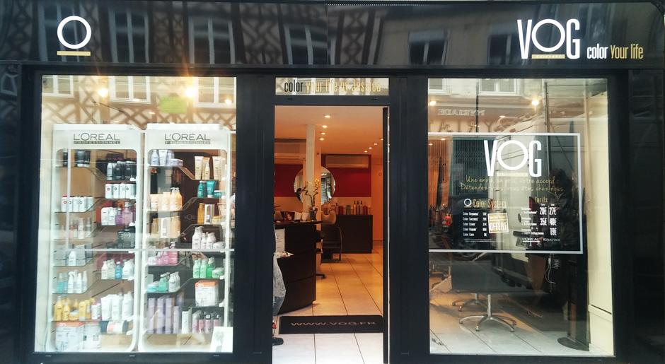 R novation de la fa ade d un salon de coiffure bcgr for Devanture salon de coiffure